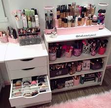 make up dressers 100 best makeup corners images on bedroom ideas