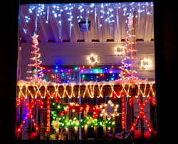 Christmas Decorations And Lights by Outdoor Christmas Decorating And Lighting Ideas Dot Com Women
