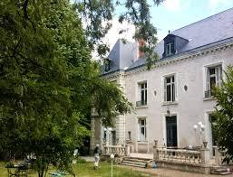 chambre d hote tours chambres d hôtes château de la marbellière joué lès tours