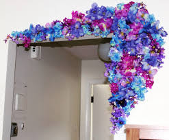 d i y home decor idea brightening up with flowers the bellezza