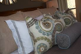 throw pillows for bed decorating bedroom throw pillows viewzzee info viewzzee info
