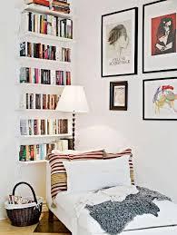 etagere de chambre déco maison une bibliothèque dans la chambre