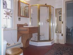 apartment bathroom decorating ideas on a budget bathroom decorating ideas forfortable fair small apartment on a