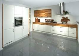 cuisine laque blanc modele cuisine blanc laque sans central plan en modele cuisine