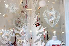 Window Display Christmas Decorations Uk by The White Company Manchester The White Company Office Photo