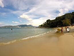 is it safe to travel in thailand