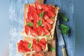 recettes de julie andrieu cuisine tarte aux fraises et coquelicots de julie andrieu recette version