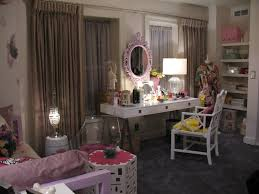 pretty bedrooms for s aria s bedroom from pretty little liars aria
