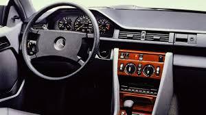 chasti za lexus is 200 mercedes c124 навърши 30 години
