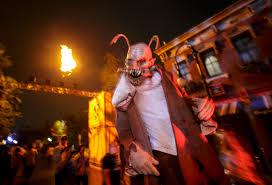 where is halloween horror nights 2015 halloween horror nights 2015 scare zones youtube