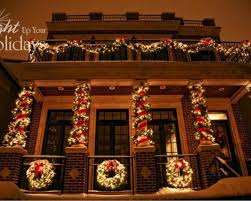 Christmas Decorations Outdoor Columns by The 25 Best Exterior Christmas Lights Ideas On Pinterest