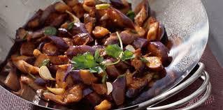comment cuisiner des aubergines facilement aubergines citron et coriandre facile et pas cher recette sur