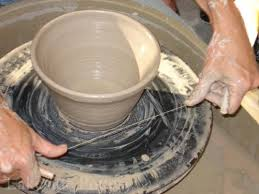 throwing a pot throwing basic pot pottery wheel step by step tutorial
