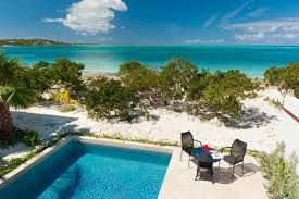 Cottages To Rent With Swimming Pools by Sea Edge Villa Turks And Caicos Villa Rental Wheretostay