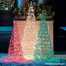 Huge Commercial Christmas Decorations by The 25 Best Commercial Christmas Lights Ideas On Pinterest