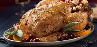 cuisiner poulet entier recettes poulet entier rôti au beurre de sauge et farce à l érable