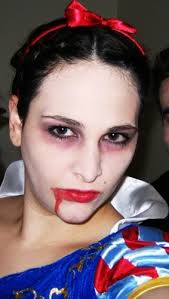 Dead Snow White Halloween Costume 23 Zombie Cosplay Images Zombie Cosplay