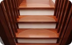 stufenmatten fuer treppe treppenstufenmatten transparente stufenmatten aus kunststoff