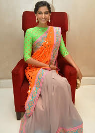 Drape A Sari 7 Ways To Wear A Saree Without Losing Your Weight Looksgud In