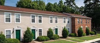 One Bedroom Apartments Richmond Va by Woodbriar Apartments Apartments In Richmond Va