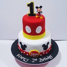 mickey mouse cake cupcake divinity 2 tier mickey mouse cake