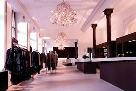Dressing Room Chandeliers How To Set Up Your Retail Store Lighting