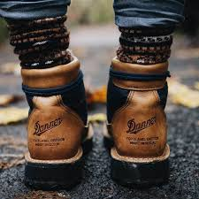 motorcycle shoes with lights amazon com stumptown by danner women u0027s mountain light cascade