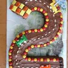 2nd birthday race car cake birthday cake ideas tip junkie