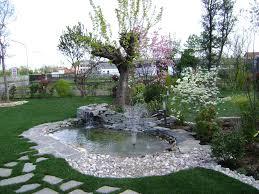 fontane per giardini realizzazione di laghetti artificiali e giochi d acqua per giardini