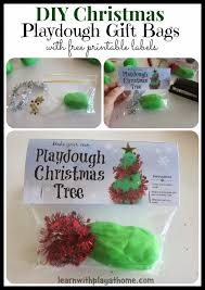 learn with play at home diy chistmas tree playdough gift bags