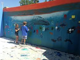 painting with wyland at the aquarium of the pacific oc mom blog we attended as a guest of the aquarium