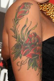 amber rose u0027s floral arm tattoo steal her style