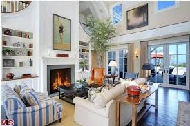 cape cod design style howie mandel s cape cod in malibu great room hooked on houses