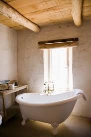 Claw Feet For Bathtub Do A Claw Foot Tub U0027s Feet Need A Coaster On A Tile Floor Hunker