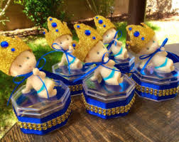 king baby shower theme 12 royal baby shower favors prince baby shower