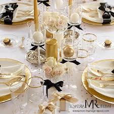 chemin de table mariage chemin de table pois blanc et or pas cher décoration de mariage