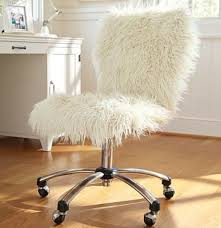 Desk Blanket Diy It Throw A Fuzzy White Blanket Over Your Chair White Fuzzy