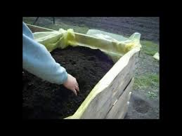 Cheap Planter Boxes by Homemade Planter Box Cheap And Easy Youtube
