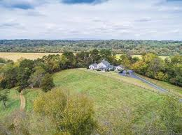 Zillow Nc by Elkin Real Estate Elkin Nc Homes For Sale Zillow