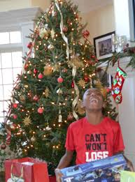 christmas gift giving guide for tweens teens and college aged