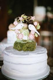 cake topper fabulous romantic wedding cake 2056110 weddbook
