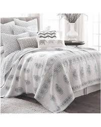 Moroccan Coverlet Don U0027t Miss This Deal On Artisan De Luxe Paisley Floral King Quilt