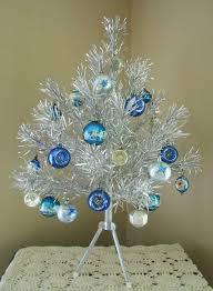 1960s vintage everlasting aluminum tree complete with