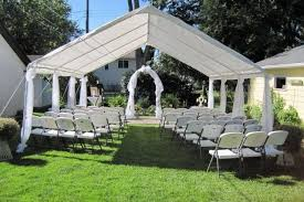 cheap outdoor wedding venues backyard wedding one of the most affordable wedding venues i like