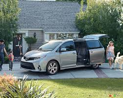 nissan sienna 2017 2018 toyota sienna overview and pricing car news auto123
