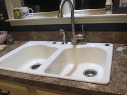 Plastic Kitchen Sinks Kitchen With Granite Countertops And White Plastic Sink Maintain