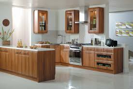 Oak Shaker Kitchen Cabinets Kitchen Astounding Shaker Kitchen Decoration With Oak Wood