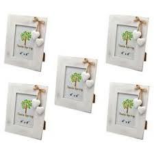 the family tree multi aperture frame is a great way to display