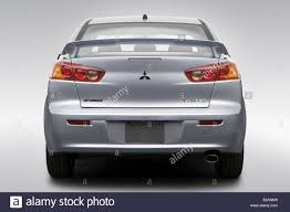 lancer mitsubishi 2009 2009 mitsubishi lancer es in silver low wide rear stock photo