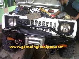 jimny jangkrik modifikasi knalpot racing pemasangan header dan knalpot racing